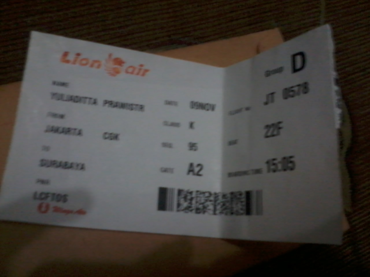 Boarding pass tujuan soetta(CGK)-Djuanda(surabaya) bring my heart to you a man with red tie good looking help all people who needs your help you always smile everytime :))