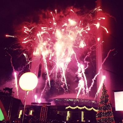 I love #fireworks and #Christmas!!!! #cavalcadeoflights #Toronto  (at Nathan Phillips Square)