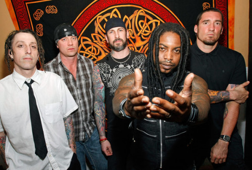 Sevendust Genres: Heavy Metal, Alt Metal, Rock Sevendust is an Alternative Metal band formed in Atlanta, Georgia, in 1994. One of the rising acts of the late 90's, original band members Lajon Witherspoon(vocals), John Connolly(guitar), Clint Lowery(guitar), Vince Hornsby(bass), and Morgan Rose(drums) went through several name changed before settling on Sevendust. In 2004, however, Lowery had left the group and former Snot guitarist, Sonny Mayo, came in as his replacement. This is a great artist for those who like the genre and they are definitely underrated.