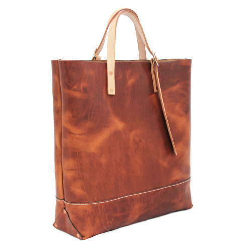 Market Tote in English tan