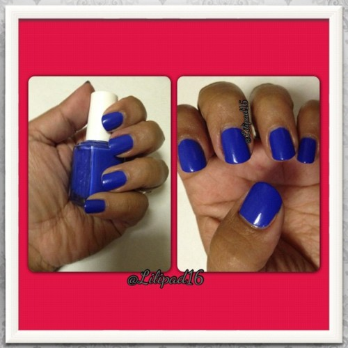#essie butler please it reminds me a lot of the Sally Hansen pacific blue! But this one looks matt.👍 And I think I suits me more.lol..😆 #swatches #nails #nailpics #nailswag #nailsdone #nailsofig #nailartclub #nailartlove #nailstagram #nailartoohlala #nailpolishaddict #instahub #instalike #instaframe #instanails #jj #jj_forum 💅