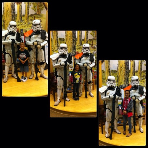Stormtroopers invaded our Barnes & Noble!  #stormtroopers #starwars #jointheempire #demons #redlands #barnes&noble