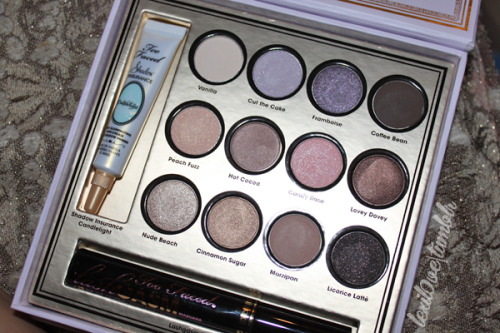 Click here for my review on this gorgeous palette! ^^