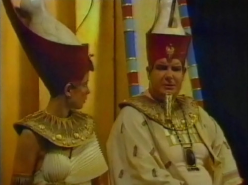 "TV Tropes - The Cleopatras The Atoner: Pharaoh Pot Belly decides to appear to become one of these later in his reign. This isn't because he's generally sorry for the things he's done. He just wants to repair his 0% Approval Rating which came about thanks to his previous ""massacre people randomly to keep them in line"" method of ruling."