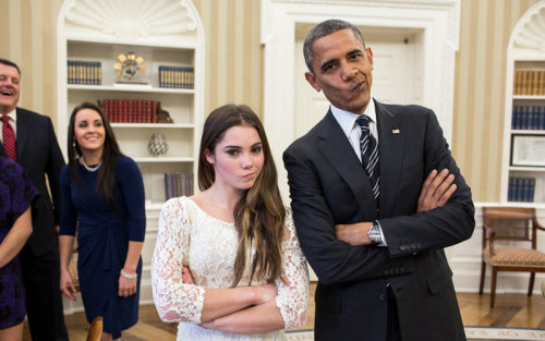 steroge:  Barack Obama and McKayla Maroney: not impressed(President imitates gymnast's much-mimicked 'not impressed' look during US Olympic team's visit to the White House)