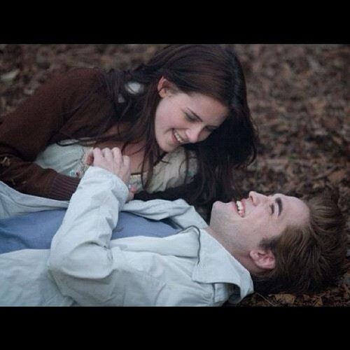 #twilight #saga #robertpattinson #edwardcullen #kirstenstewart #bellaswan