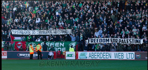 terracesculture:  Celtic FC fans show solidarity to Palestinians