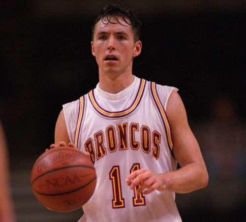 "People Who Studied Abroad #508:Steve Nash, professional basketball player  From: Born in South Africa, raised in Canada  Studied: He majored in sociology and played basketball at Santa Clara University (United States).  In a 2006 interview, he said:  ""Any time you travel, you learn something about yourself because you see the differences in people; at the same time you see that people are the same. I love to travel, I love to learn, I love to understand different people—and I think it gives us a better understanding of ourselves. For me it's important to really accept our differences and enjoy that. Traveling for me is something that I will always do. I will always want to see new places and meet new people and understand how other people live. And I think that in many ways, sociology in many ways planted a seed for traveling and really getting out there and understanding the differences in societies and people.""  [And here I thought traveling was looked down on in basketball!]"