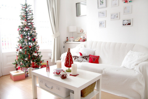 maketimetotime:  Christmas room <3