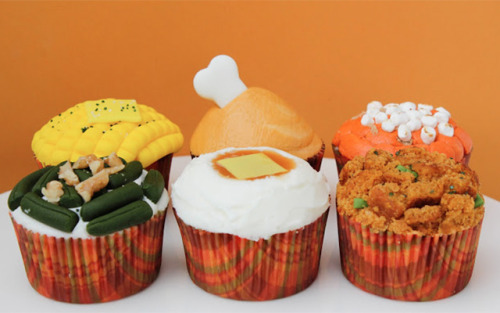 Best Thanksgiving cupcakes EVER! BY MBC…You can see how to make them HERE