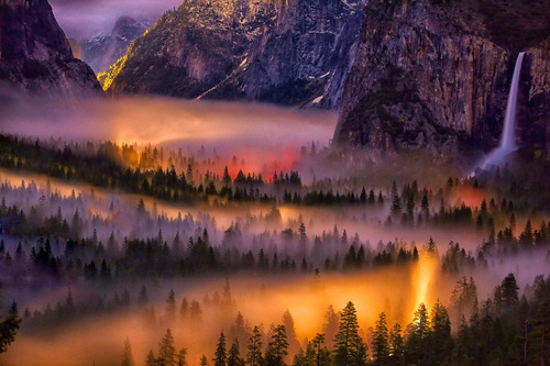 bluepueblo:  Mist in the Valley, Yosemite, California photo via bedpotato