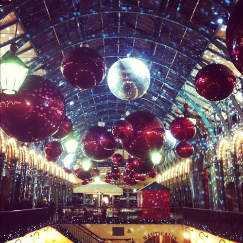 seraphizm:  #christmas is close! #justsaying  (at Covent Garden Market)