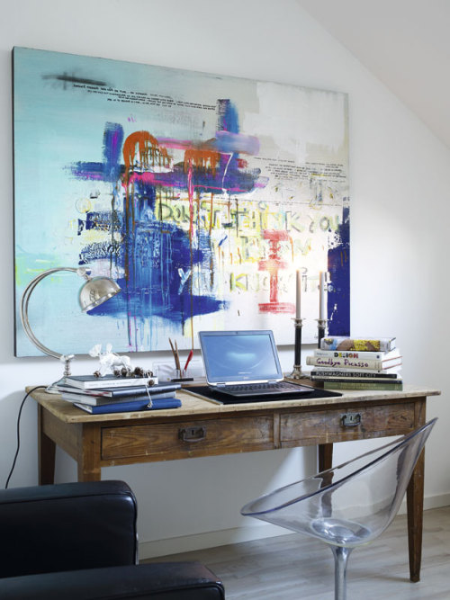 Source: Interior Magasinet Perfectly eclectic. Great mix of textures and proportions.