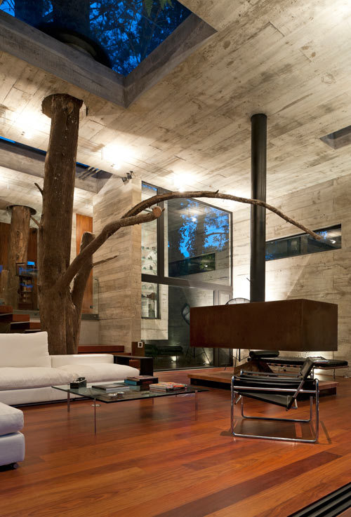 deesauthenticity:  A House Built Around The Trees: Casa Corallo by Paz Arquitectura