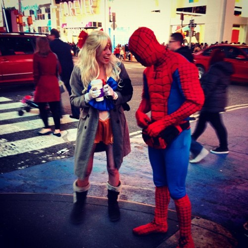 marybethschroeder:  Sailor Venus schmoozes with #spiderman in Times Square #nyc @sailormoonthemovie