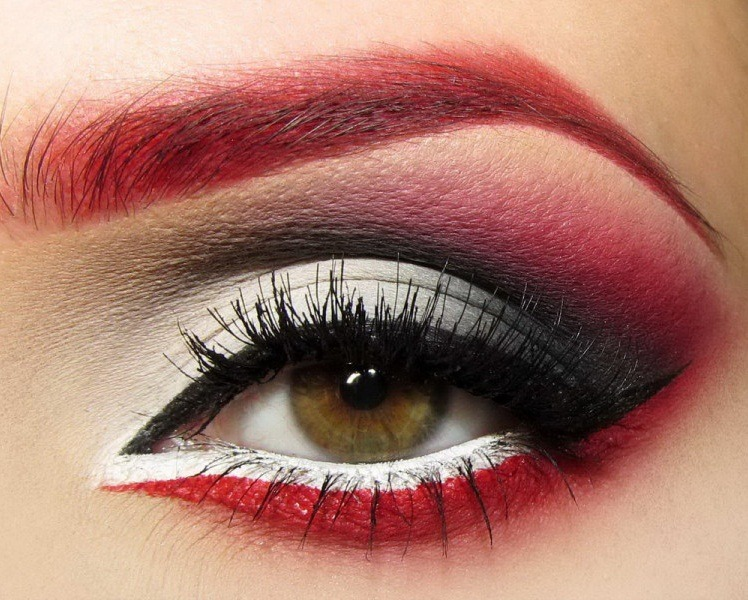 createthislookforless:  Too extreme for Vday? :o)