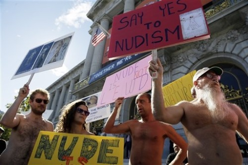 Anything-goes San Francisco eyes public nudity ban (Photo: Marcio Jose Sanchez / AP) San Francisco may be getting ready to shed its image as a city where anything goes, including clothing. Read the complete story.