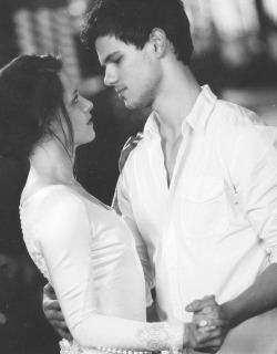 r-u-mine-today:  Special Breaking Dawn (Black and white) #8