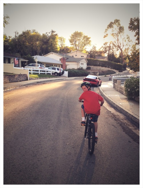 TODAY I'M THANKFUL FOR: A SIMPLE SUNDAY RIDE WITH THE KIDS. This week will be about giving thanks. I hope the thanksgiving spirit can spread from here, just a bit. Let's start with something really little yet big.   We don't go far or fast. My kids don't race for reals (well, to the top of a short hill every now and again).  There's no destination or reason other than the weather is nice and we're bored. But I'm thankful because we can. The kids are healthy. They like to toodle around on the bikes. It's not a workout. It doesn't make me any fitter. But it makes me happier. What it's all about, no? - Brian