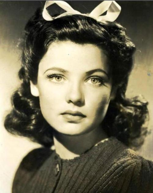 "the-asphalt-jungle:  Happy Birthday Gene Tierney (November 19th, 1920 - November 6th, 1991) ""I had been offered a Hollywood contract before my 18th birthday. It gave me the spark I needed."""
