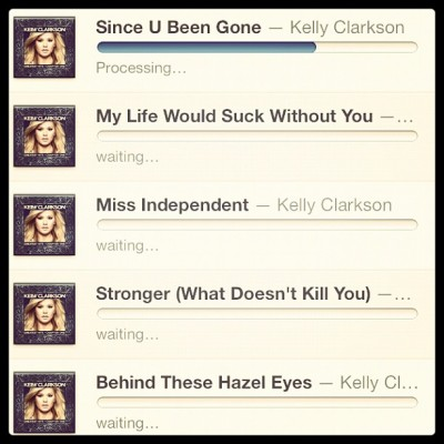 There are no words to describe my level of #excitment. #kellyclarkson #greatesthitschapterone #hero #idol #love #newmusic #screenshot #sohappy