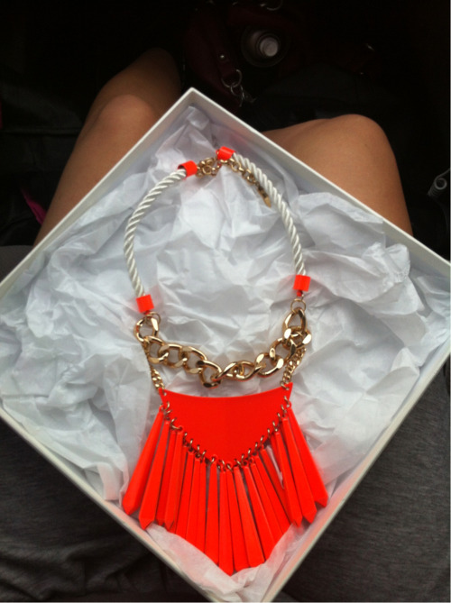 luxured:  ne-uw:  te-envogue:  Sass & Bide ♡  Delicious  You lucky lucky lady