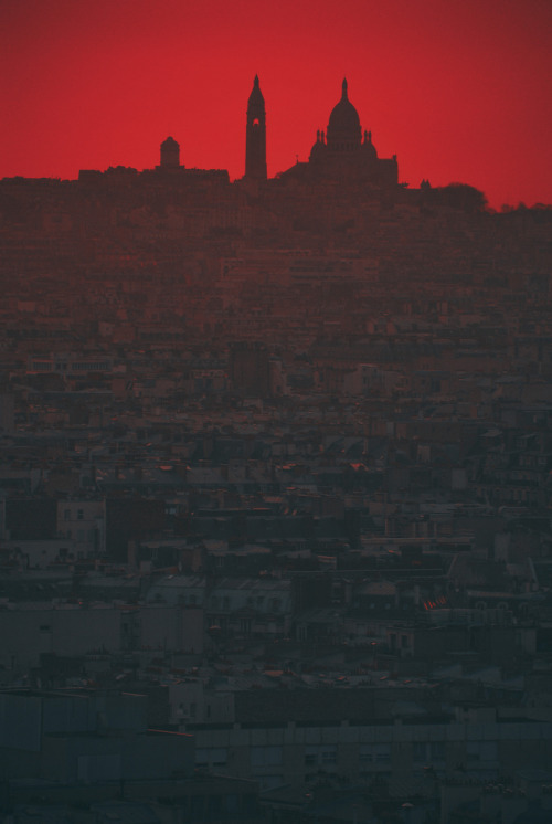 travelingcolors:  Montmartre daybreak, Paris | France (by Kuba Luchtaj)