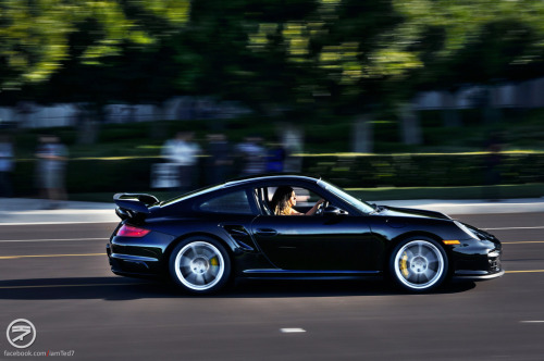 Looking for an opening Starring: Porsche 997 GT2 (by I am Ted7)