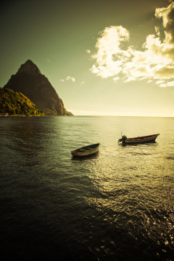 travelingcolors:  St. Lucia (by chapterthree)