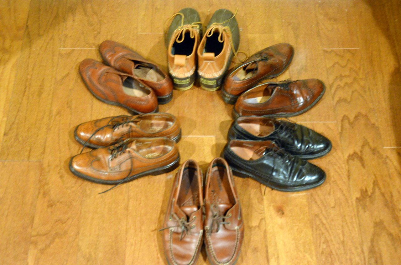 Yo, innernetz. I have some vintage shoes for sale just in time for the holidays. Brogues, Bean Boots, and boat shoes for now. Hit up Will's Vintage Clothing for more details. Or hit the inbox with any questions. Prices are somewhat negotiable. Mark McNairy and I did a collaboration on the photography if you were wondering.
