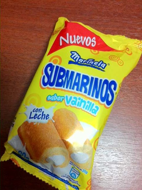 "mexicanfoodporn:  Submarinos. ahí para la dieta…  Twinkie fans…stop weeping and start learning Spanish because the ""Submarinos"" )(""Mexican Twinkies"") are  here."
