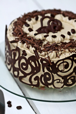 diet-killers:  Coffee & Vanilla Bean Layered Cake (by Passionate About Baking)