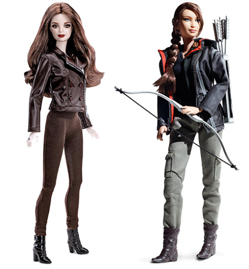Vampire Bella Swan Barbie and Kickass Katniss Everdeen Barbie get into a fight. Who wins? (We've got a feeling how you're going to vote, but place your bets here anyway.)