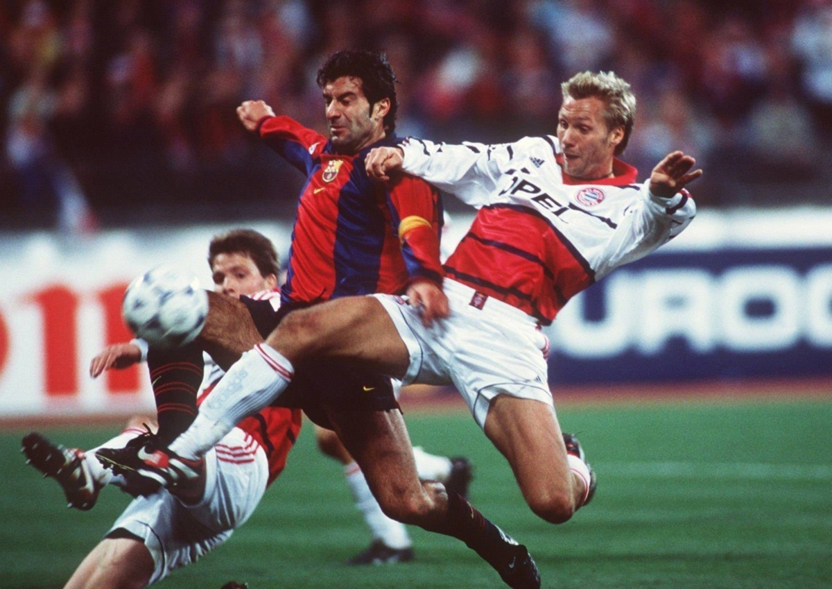 Bayern's Michael Tarnat, Thorsten Fink and Barcelona captain Luis Figo during Group D, Champions League action on October 21, 1998. Source: BZ Online