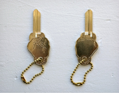 gold keys christmas gifts simple gifts xmas ideas