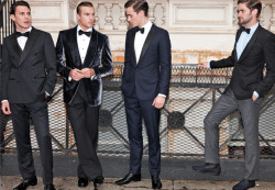 FIVE WAYS TO LOOSEN UP BLACK TIE: DRESSING UP DOESN'T HAVE TO MEAN DONNING A PENGUIN SUIT. IF YOU HAVE A UNIQUE SENSE OF STYLE, DON'T LOSE IT WHEN YOU GO FORMAL. 1) Make It a Double 2) Don't Be Afraid of Velvet 3) Go Navy 3) Strike a Contrast 5) Try a Slipper