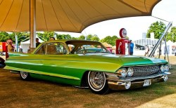 2kindsofhotrods:  anrill:  Custom 1961 Cadillac Coupe de Ville  Jimmy Vaughan's '61 Cadillac