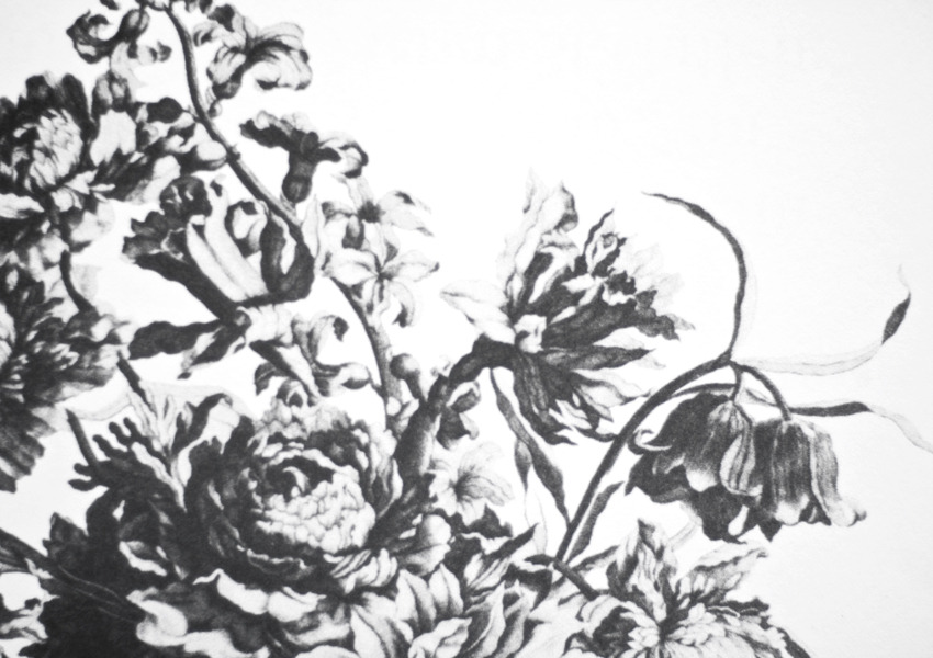 Black Paint Gallery - Flowers. from reform.it