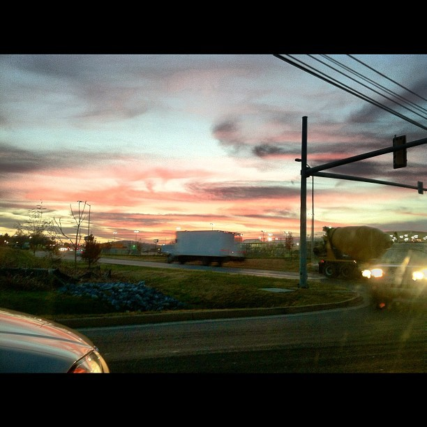 what would i want? sky #sky #want#sunset#truck