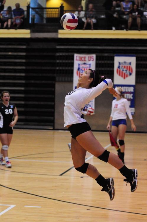 Volleyball Girls Pictures: Beach volleyall women