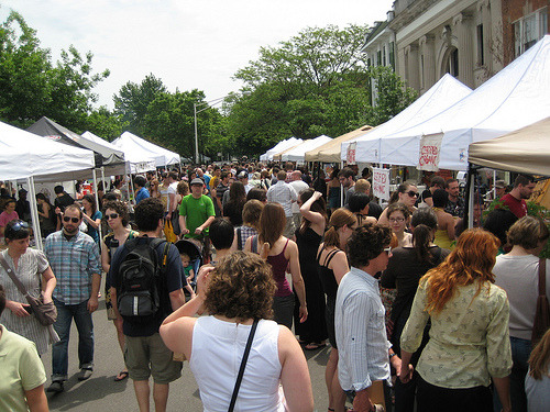 Logan Square Farmers Market, Chicago, IL Image Source: http://gapersblock.com/drivethru/2012/04/23/logan_square_farmers_market_drama_2012_edition/ Posted by: Christian Roadman