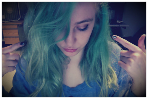 Green hair, dont care.