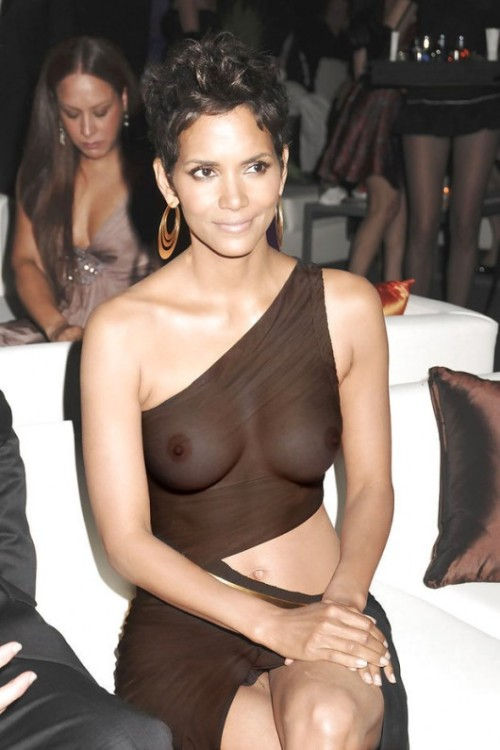 tg1225:  myownstateofmind:  Stroke…stroke…stroke…skeet!!!!  Halle berry what more to say