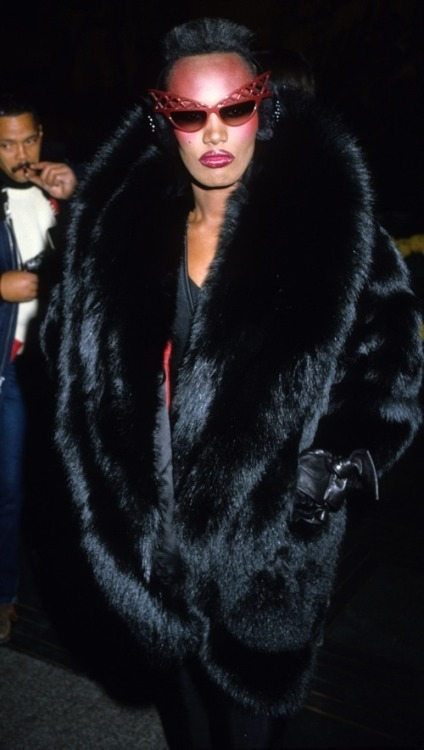 bycezimbradoug:  Grace Jones Sighting in New York - February 9, 1983  The Ultimate
