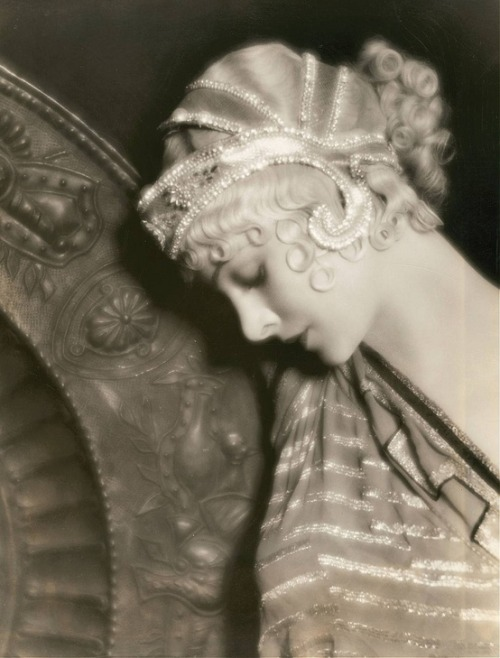 castaroundvintage:  Myrna Loy in a Greek costume (via Pinterest)