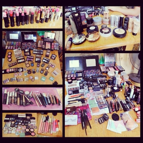 My makeup #organizing #cleaning #collection #passion #lipstick #eyeliner #foundation #eyeshadows #azagirl 