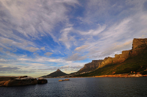The Twelve Apostles, Cape Town, South Africa. Os Doze Apóstolos, Cidade do Cabo, África do Sul. Photo copyright: Mike Ciliers aka riverside mc