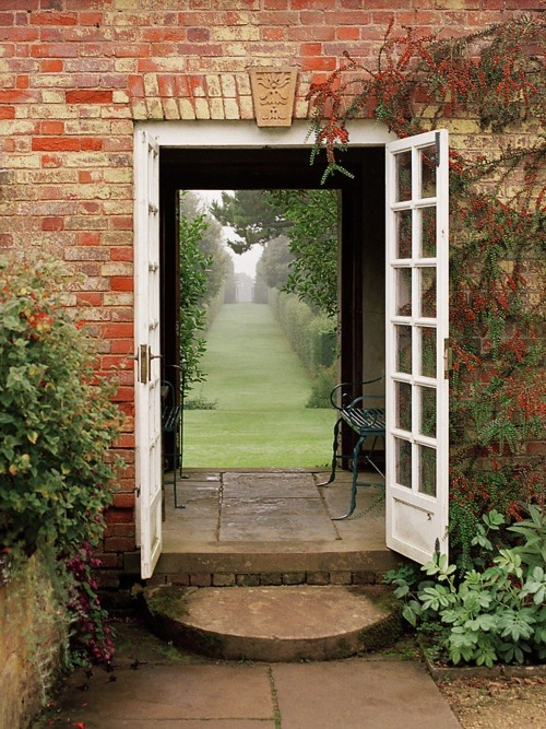 dreamy garden passage