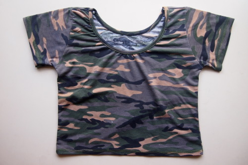 CAMO CROPPED TEE ON INSTASHOP @THRIFTXTHRASH! :D GET YOURS TODAY!