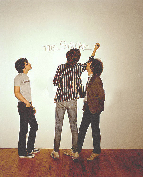 ** The Strokes and the wonder wall chap.1 **